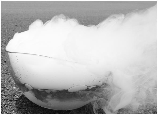 Effet de fumée noir et blanc _ CRYOTECH